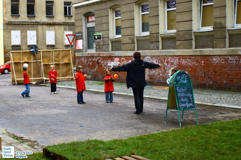 Stadt-Spiel-Vision: Indoor/Outdoor-Spielplatz
